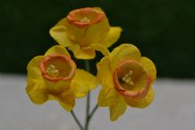 YELLOW with ORANGE CUP DAFFODIL / NACISSUS (2.1cm) Mulberry Paper Flowers